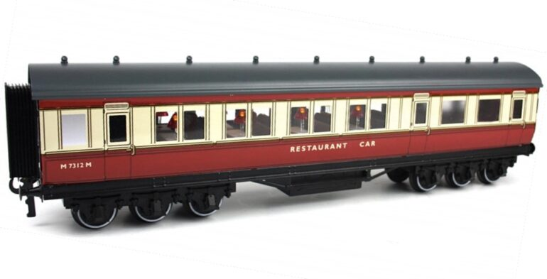 British Railways (M) Blood and Custard (ex LMS Period I)