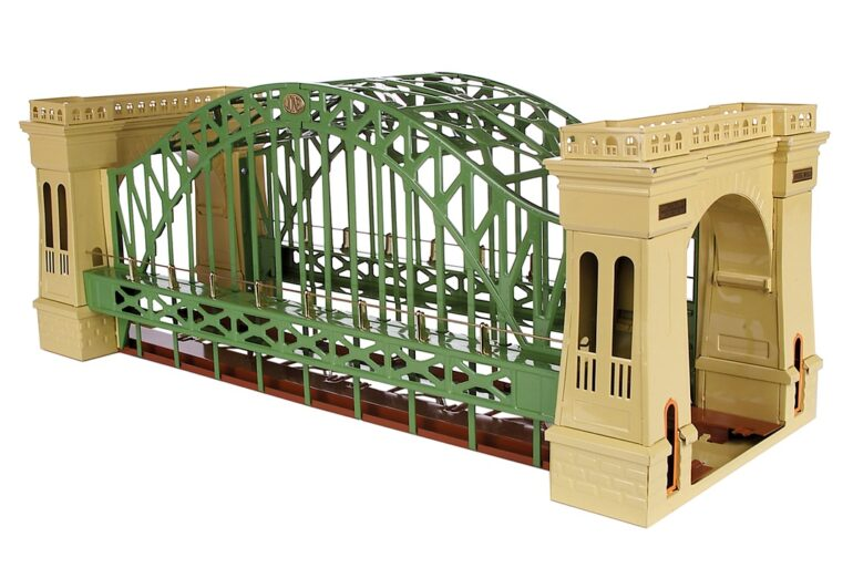 MTH Electric Hellgate Bridge